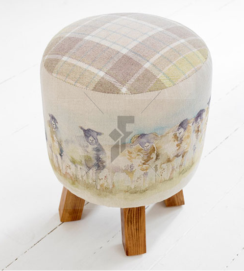 Voyage Maison Monty Come By Footstool